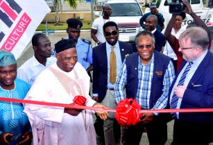 Case IH enters Nigerian tractor market through partnership with Dizengoff