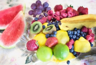 fresh fruit 803522 1920