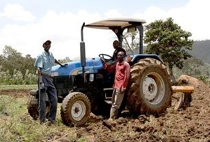 Malawi government to rent out tractors to farmers